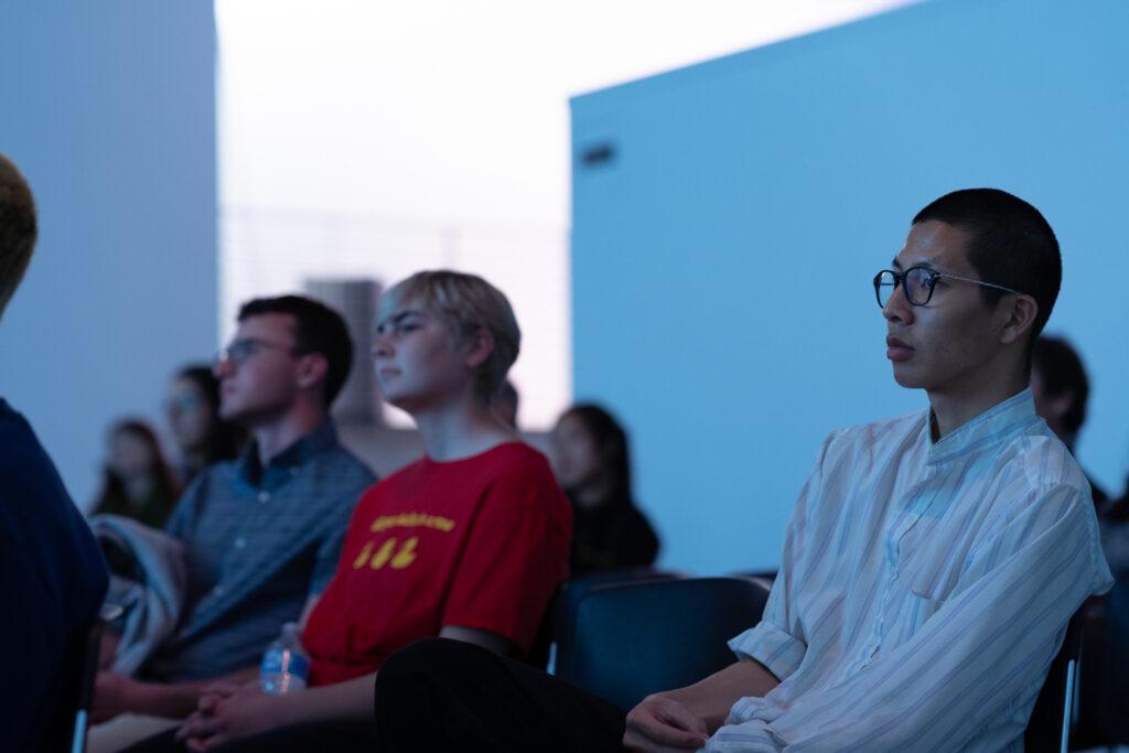 Audience member of Khoshgoran during Khoshgoran's lecture.