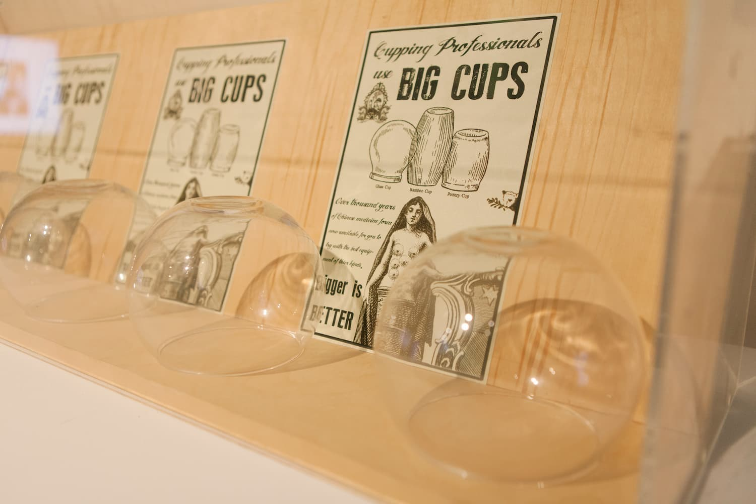Cupping professionals use BIG CUPS.